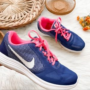 Nike | Navy/Pink Revolution Shoes 9
